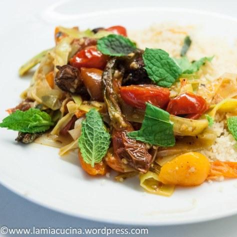 Aubergine, Lauch und Tomaten