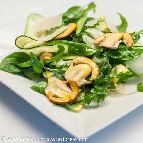 Zucchini-Ovoli-Salat