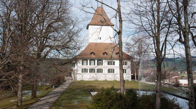 CH-3082 Schlosswil: Schloss Wyl