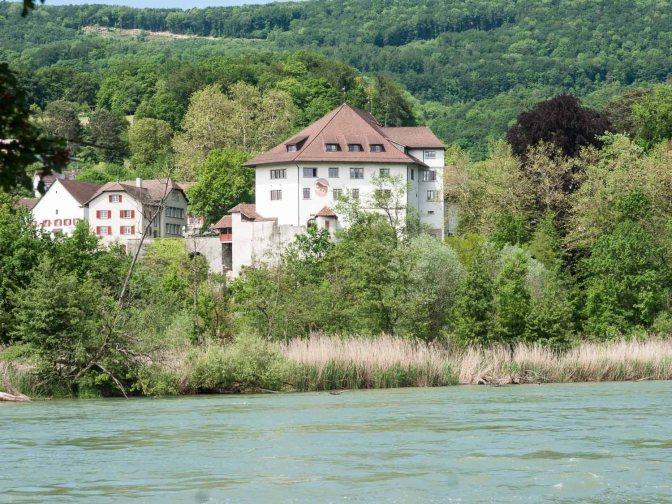 CH-5023 Biberstein: Schloss