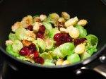 Rosenkohl und Cranberries